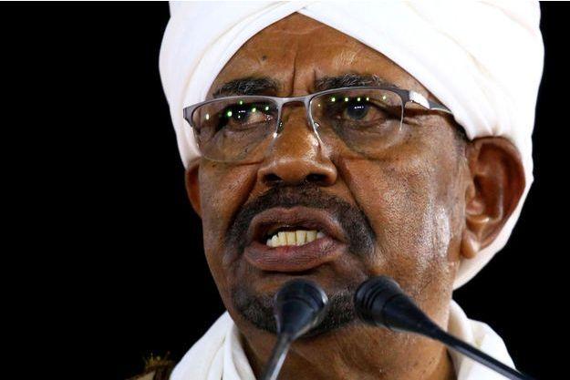 130 millions de dollars en liquide retrouvé au domicile de l'ex-président soudanais Omar El-Bechir