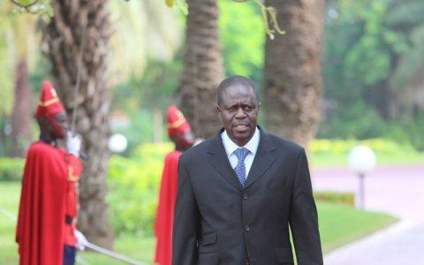 Écarté du gouvernement, Mame Thierno Dieng renfile sa blouse de médecin