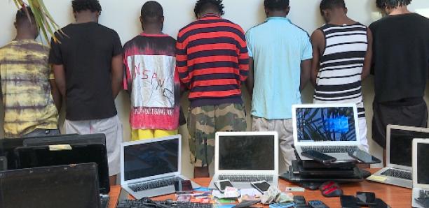 Cybercriminalité : 18 Nigérians arrêtés à Ouakam avec chacun une vingtaine d'identités