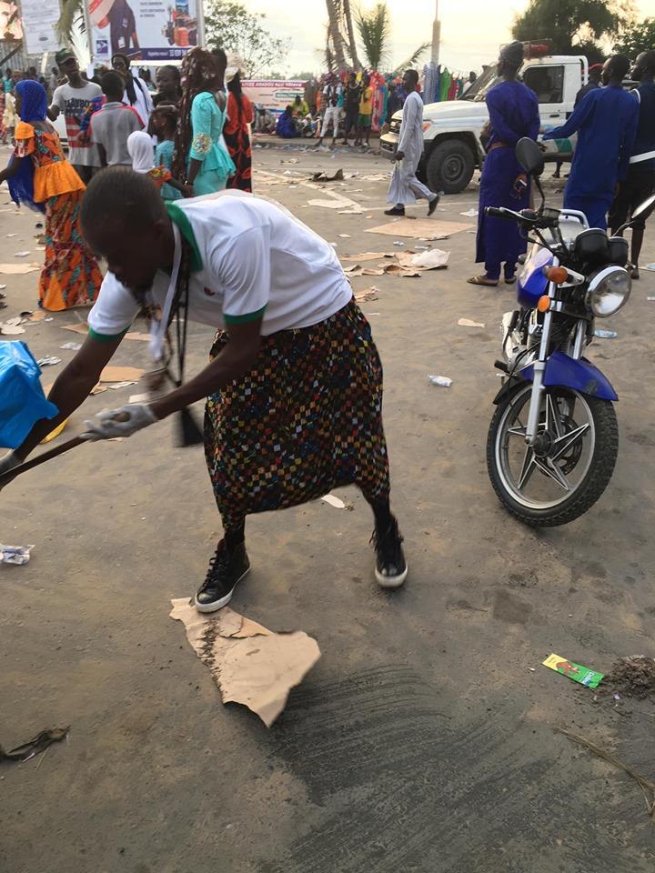 Magal des 2 raakas : Œuvres de solidarité des partisans d'Ousmane SONKO (photos)