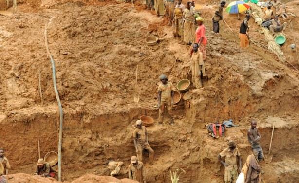 Kédougou : arrestation de 7 individus pour exploitation clandestine de minerais (Douane)
