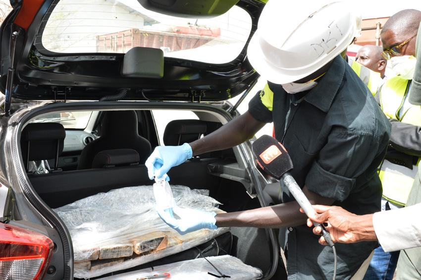 120 kg de cocaïne saisis au port de Dakar (douanes sénégalaises)