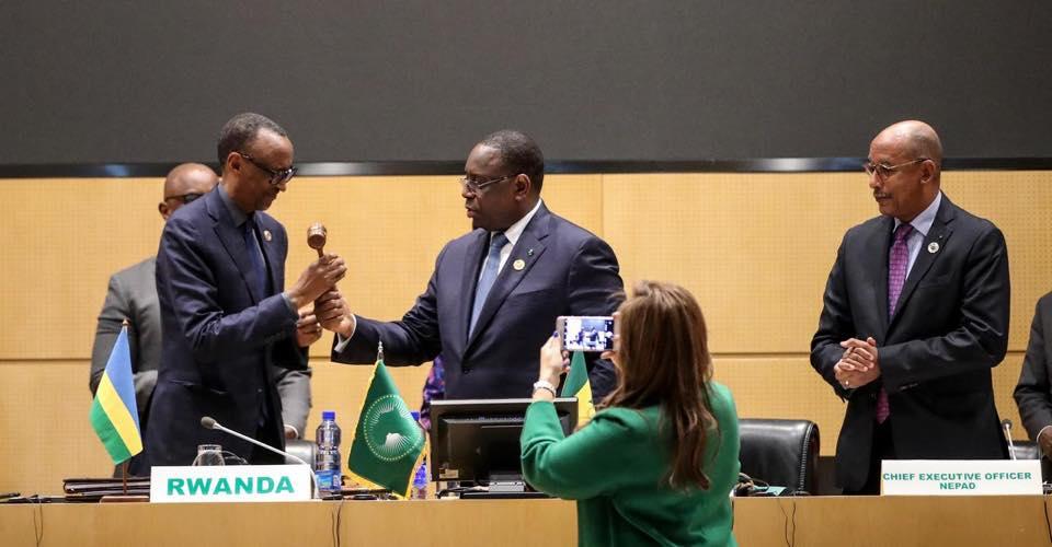 AUDA-NEPAD : Macky SALL passe le témoin à Paul KAGAMÉ