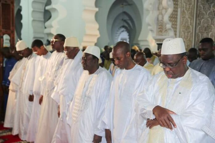 L'État ferme toutes les mosquées de Dakar