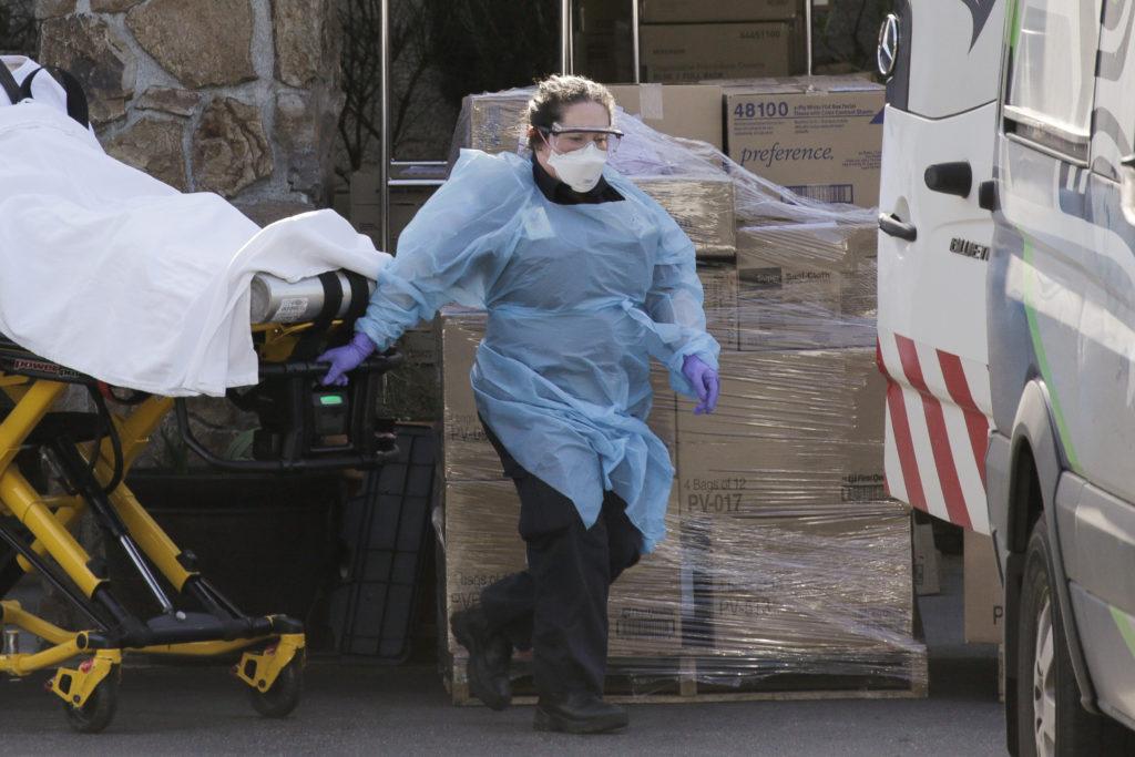 Coronavirus : avec 3 393 décès, les États-Unis dénombrent désormais plus de morts que la Chine
