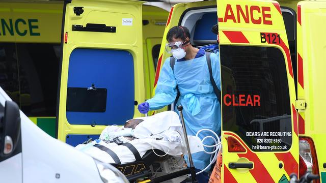 Coronavirus: 541 morts supplémentaires en France sur les dernières 24 heures, portant le total à au moins 10 869 morts