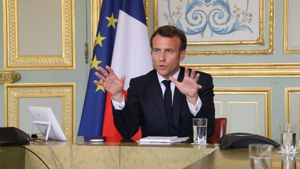 Emmanuel Macron, le 8 avril, à l'Élysée. POOL/REUTERS