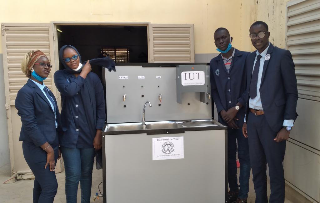 L'Université de Thiès met au point un appareil de lavage pour éradiquer le coronavirus