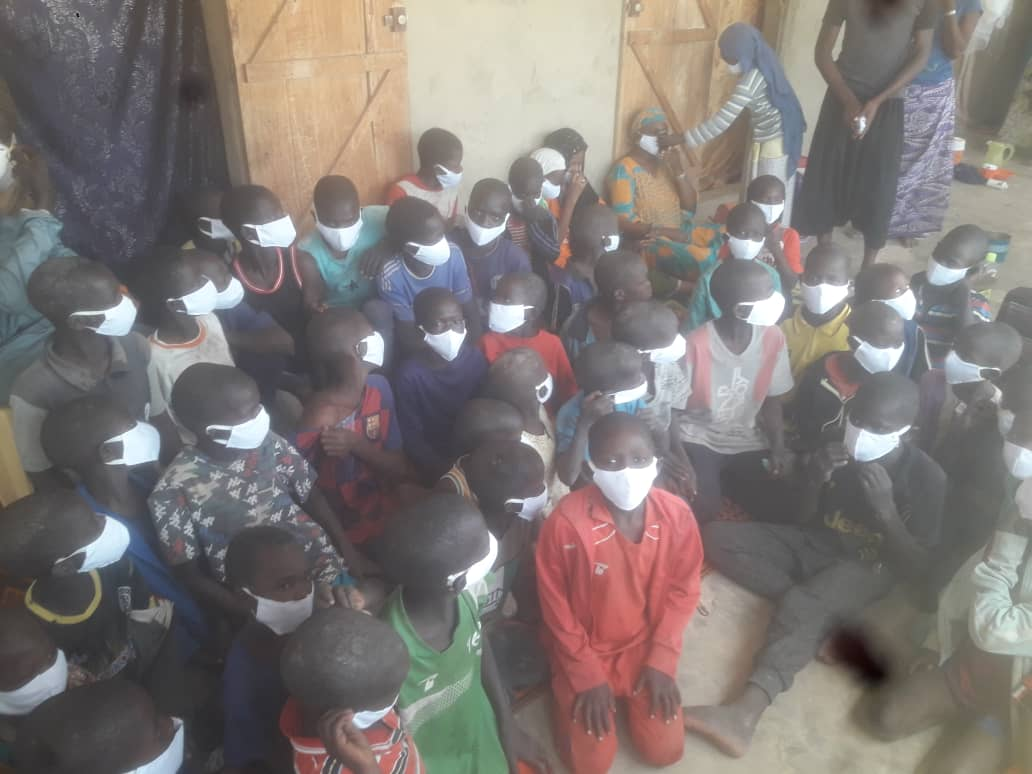 Covid-19/Ndiébène Gandiol : L'association Inside distribue plus de 5.000 masques aux populations (Photos)