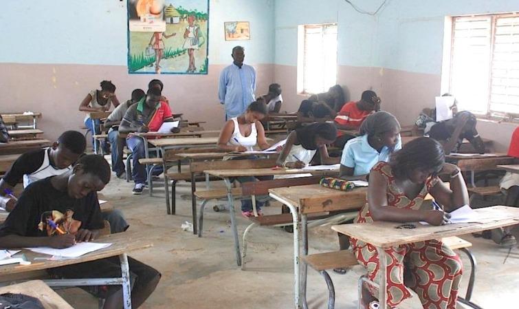 REPRISE DES COURS : le collectif des gouvernements scolaires dit niet