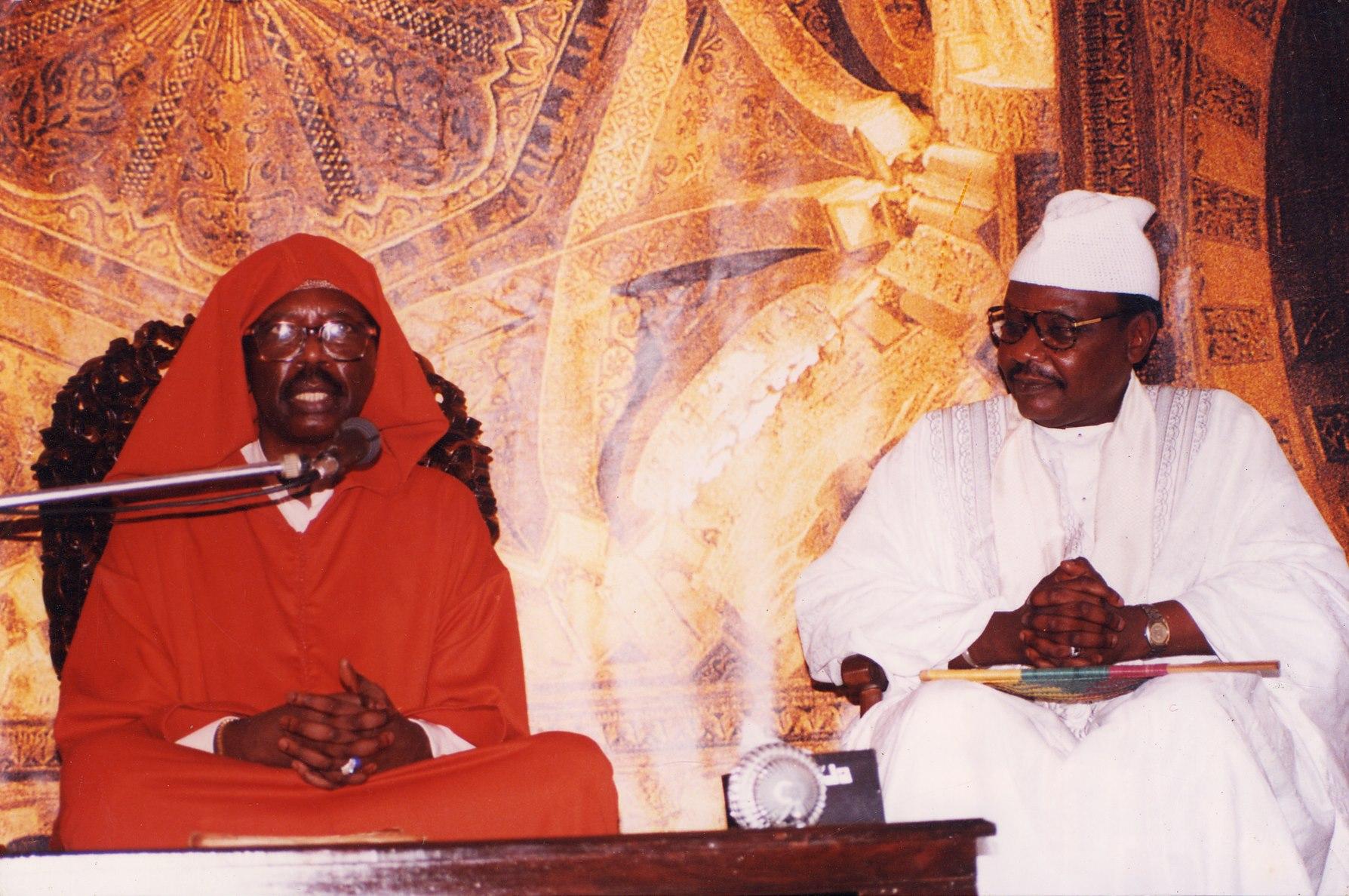 Serigne Pape Malick Sy inhumé aux côtés de son frère Cheikh Tidiane Sy Al-Maktoum