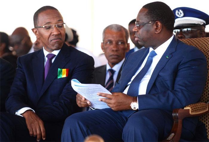 "Abdoul Mbaye liste les ""impasses"" du Macky"
