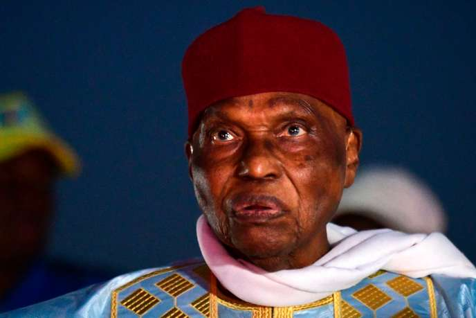 Annoncé mort par la Rfi : Abdoulaye Wade réagit