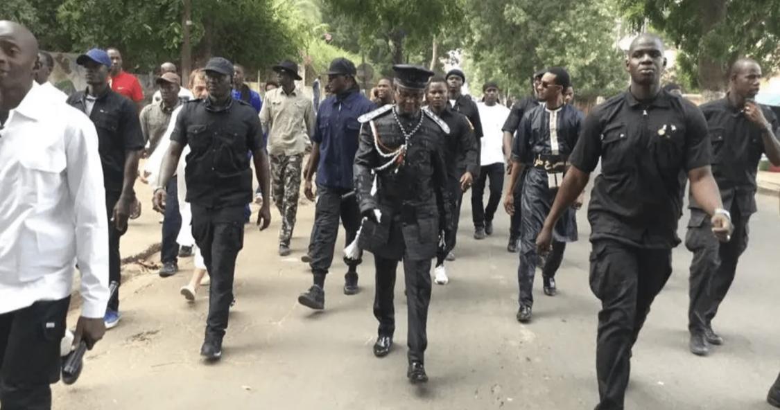 Descente musclée dans les centres de Kara-sécurité : les explications de la gendarmerie