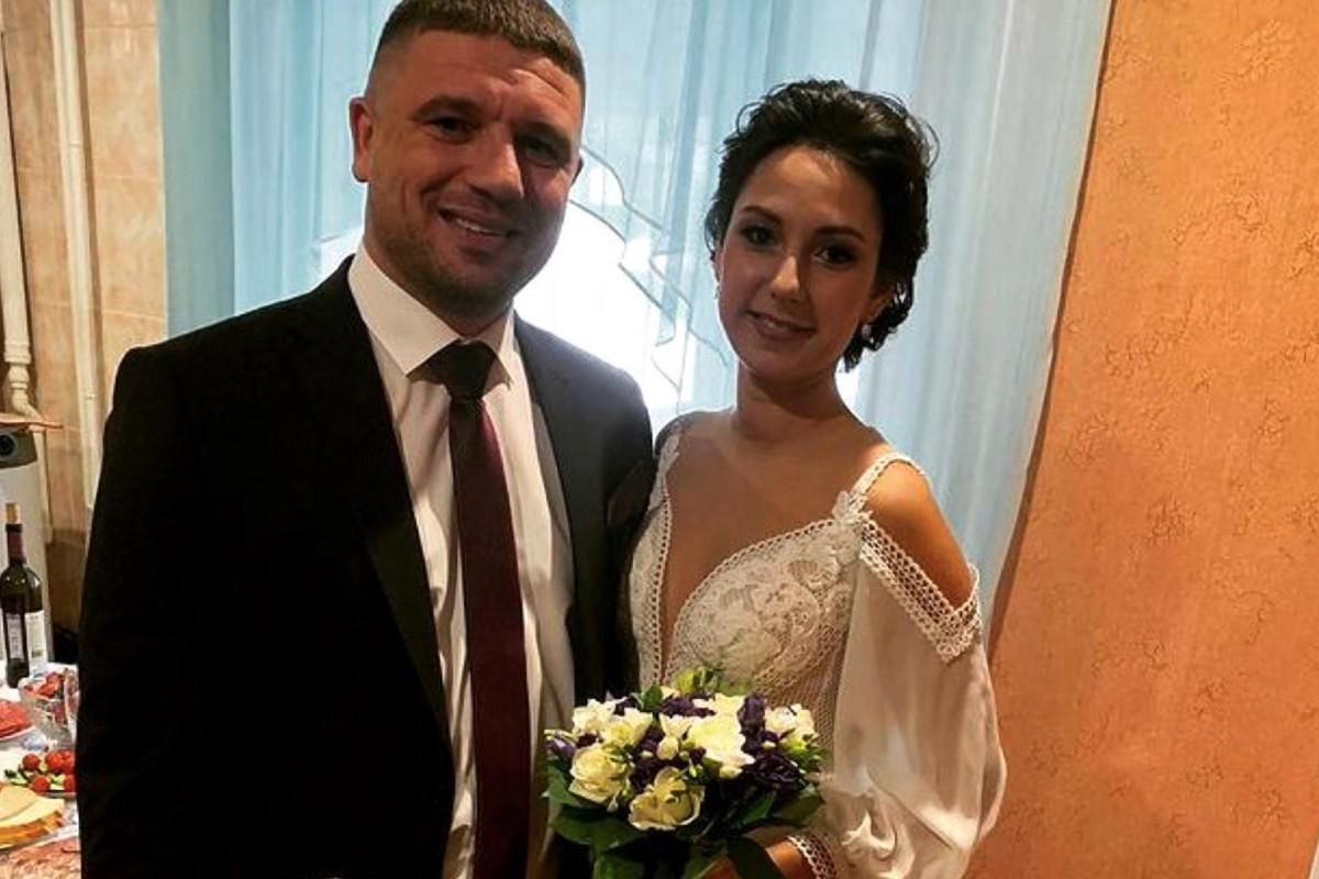 Une jeune femme devient veuve le jour de son mariage
