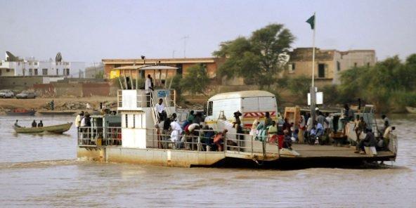 Rosso Sénégal : grosse peur après la chute d'un minicar dans le fleuve