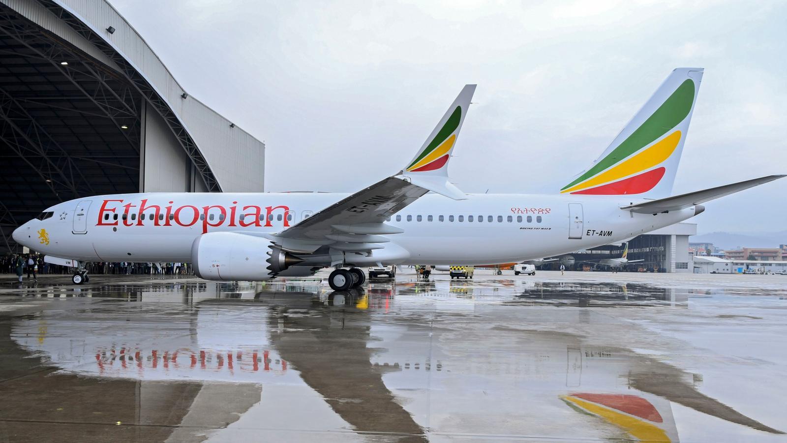Covid-19 : des compagnies aériennes africaines suspendent leurs vols vers l'Inde