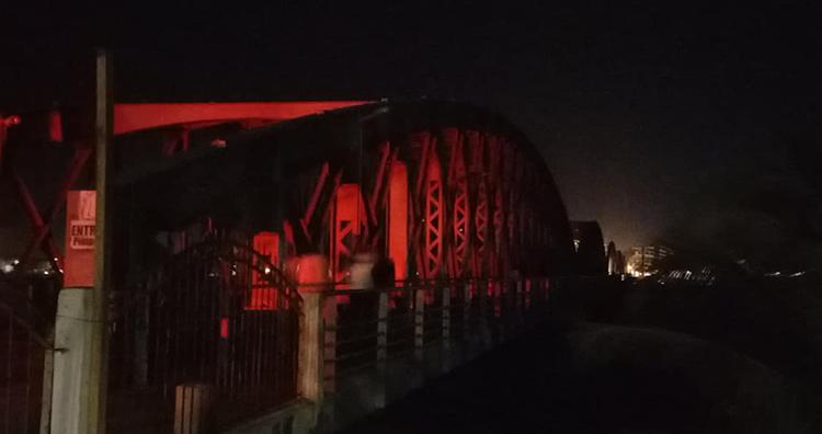Lumières éteintes sur le Pont Faidherbe. Source Photo : Thierno DICKO