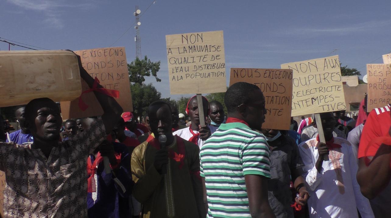 Koumpentoum : Macky Sall accueilli par des brassards rouges