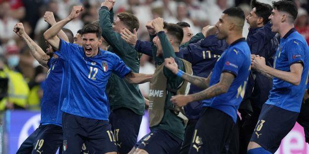 L'Italie s'impose contre l'Angleterre aux tirs au but et remporte l'Euro