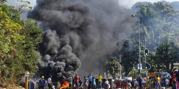 Afrique du Sud : 212 morts dans des violences « provoquées et planifiées » selon le président