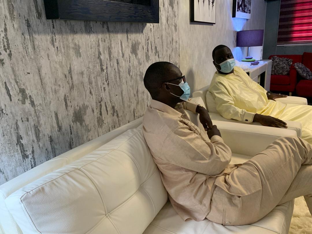 Décès de Mame Bousso SOURANG : Ousmane SONKO présente ses condoléances à Déthié FALL