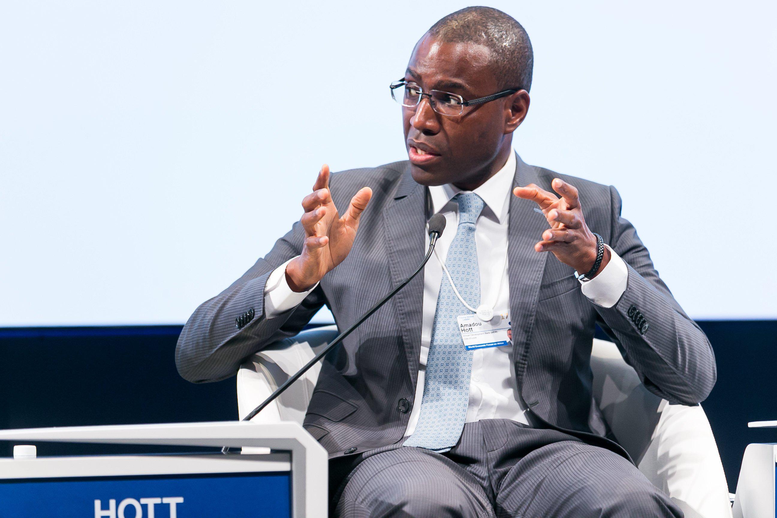 Hausse des pauvres au Sénégal : le Gouvernement dément ...