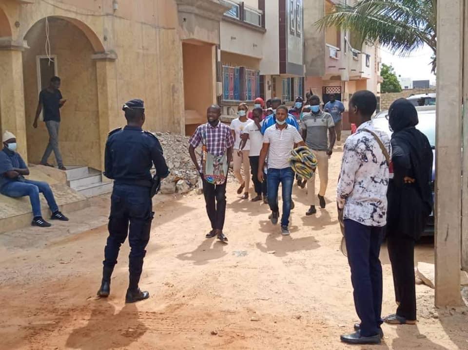 Education: 11 enseignants des classes passerelles arrêtés par la police, ce mardi