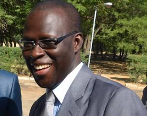 Immobilisation des bus de la Commune, Bamba Dièye réagit : « Demain mercredi, les bus vont circuler ... »