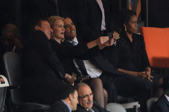 PHOTO. Le selfie qui énerve Michelle Obama (selon les internautes).