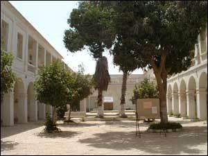 Déclaration à la Nation : Macky Sall a annonce la réhabilitation du lycée Ameth Fall de Saint-Louis.