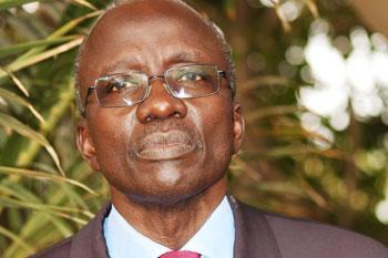 Urgent : Macky nomme Moustapha SOURANG, Président de la Commission nationale de la Réforme foncière.