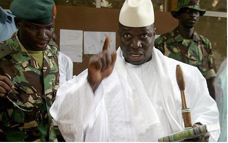 Gambie : deux journalistes arrêtés et inculpés.