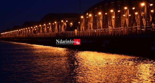 Le Pont Faidherbe de Saint-Louis,  « Le pont le plus léger du monde », selon le Routard.