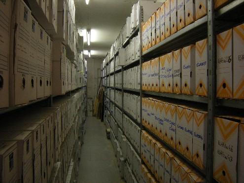 Saint-Louis: l'archiviste Ngor Sène dit avoir décliné plusieurs offres d'emploi par amour pour son métier.