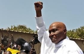 Me Abdoulaye Wade : « Macky Sall est entouré de 5 pauvres types qui ne représentent absolument rien »