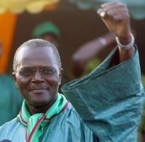 Victoire de Ousmane Tanor Dieng à la présidence du PS