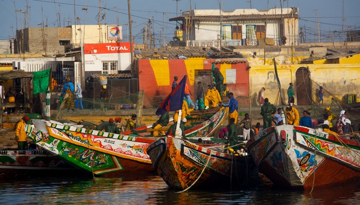Saint-Louis : le gouverneur annonce l'imminence de la réhabilitation des quais de pêche.