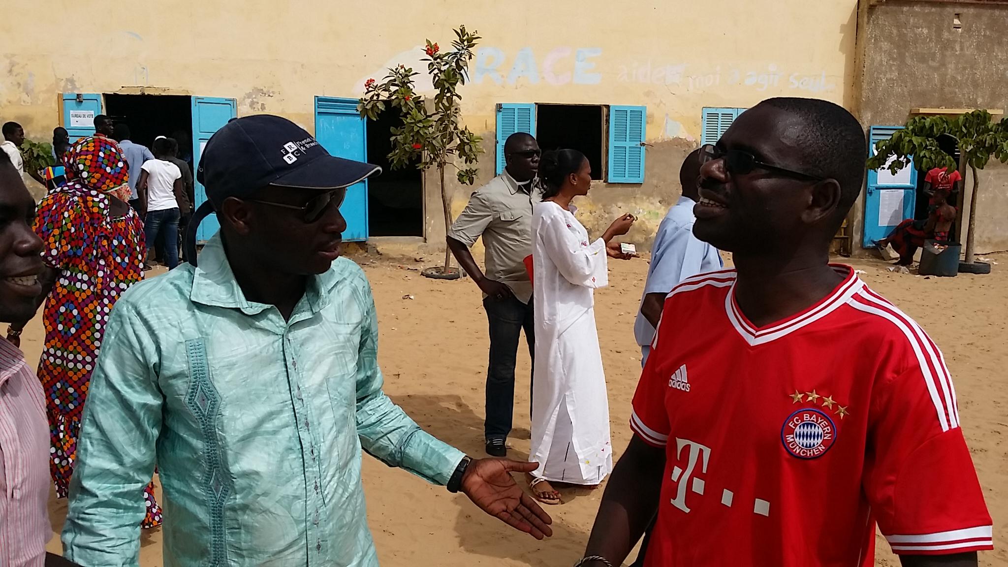 Adama Kane Diallo et Seydina Ababacar Biteye de Benno au centre Rawane Ngom.