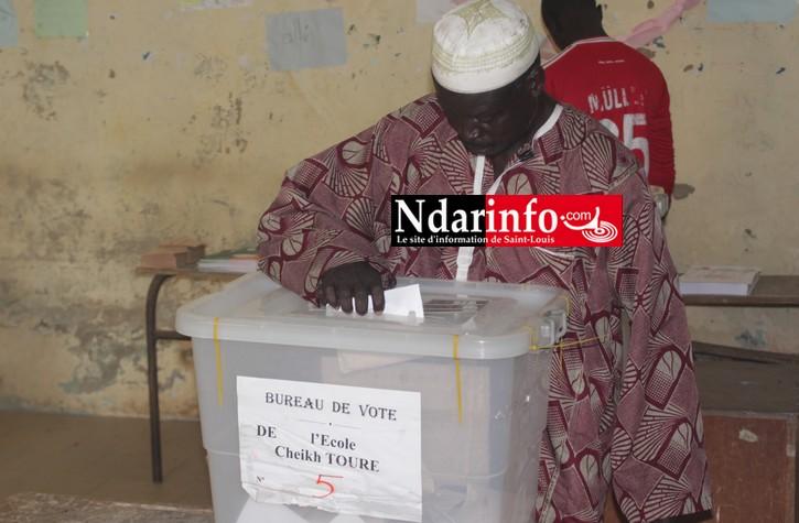 Article n°9433ELECTIONS – SAINT-LOUIS : C'est le rush à Macodou NDIAYE et Cheikh TOURE.