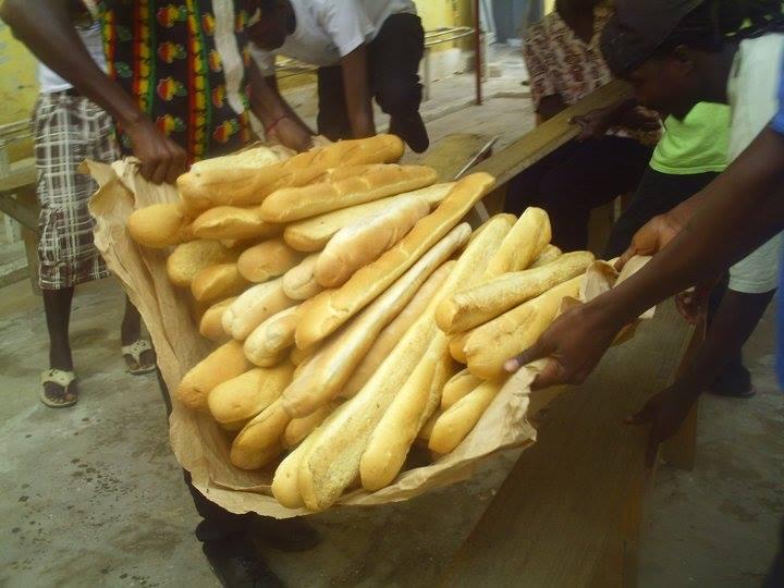 SAINT-LOUIS : Le mouvement Wallou Ndar initie des dons de « Ndogou » dans les quartiers.