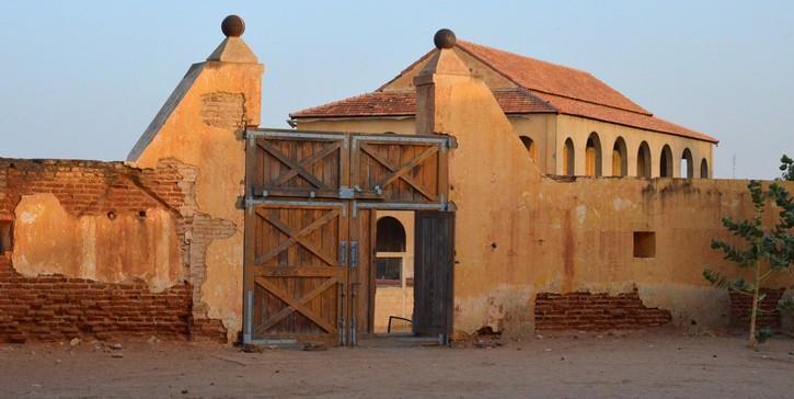 FORT DESAFFECTE DE PODOR: Retour sur une mémoire du Sénégal en ruine
