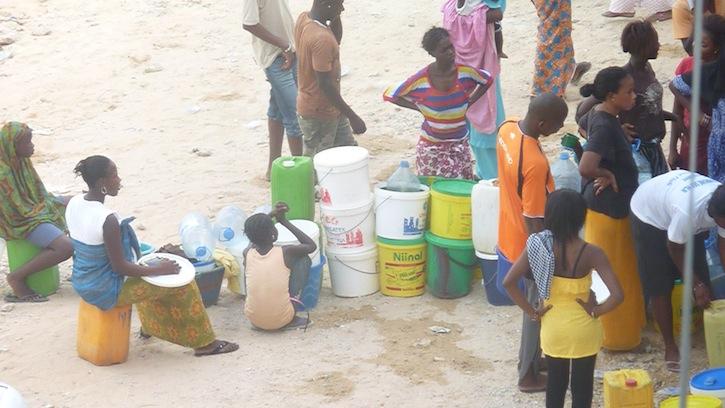 SAINT-LOUIS - L'eau introuvable à Pikine : les populations dans la souffrance.