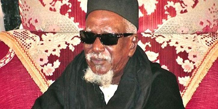 RELIGION : le Khalif général des mourides magnifie son passage à Saint-Louis et prie pour le bon déroulement des 2 rakaa.