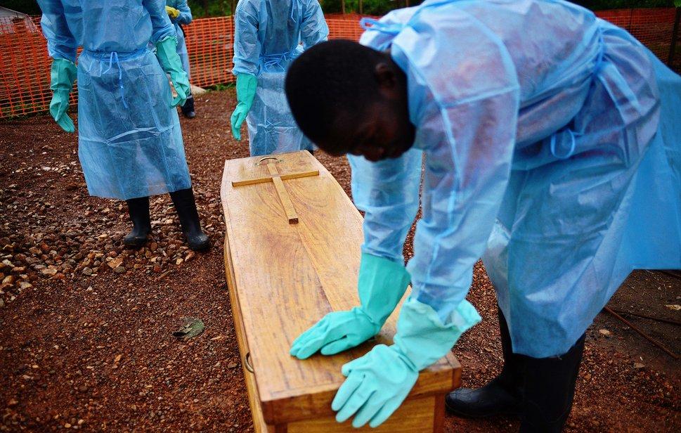 Le bilan de l'épidémie de fièvre Ebola s'élève désormais à 1145 morts, rapporte vendredi l'Organisation mondiale de la Santé (OMS). (15 août 2014) Image: AFP