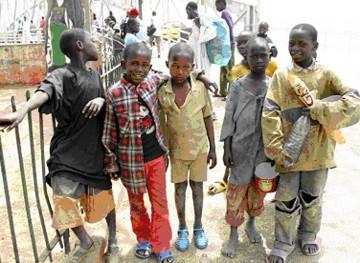 Ebola vs talibé: Qui pour conscientiser les bouts de bois de Dieu ? (Par Yacine Dieng)
