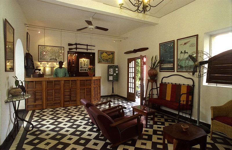 Saint-Louis - Tourisme: La Poste et la Résidence parmi les plus prestigieux hôtels d'Afrique.