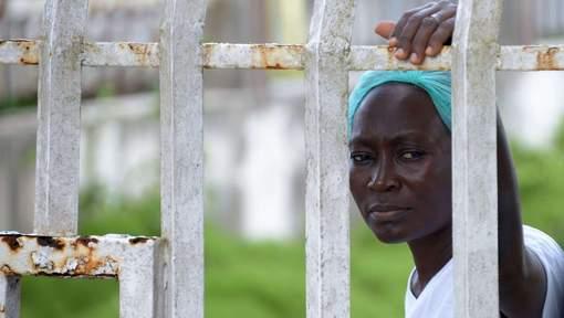 Ebola: une mesure extrême en Sierra Leone