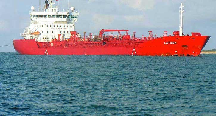 SAINT-LOUIS: Un bateau scientifique à la recherche du pétrole.