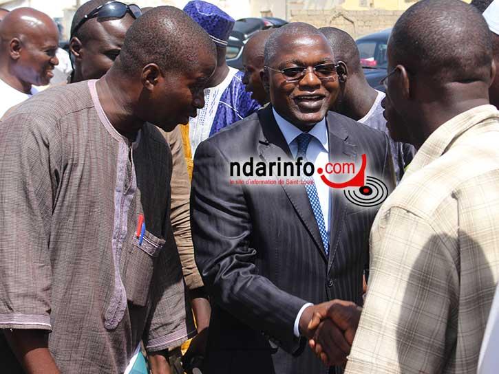 Le Ministre Oumar GUEYE à son arrivée au Quai de Peche de Guet Ndar